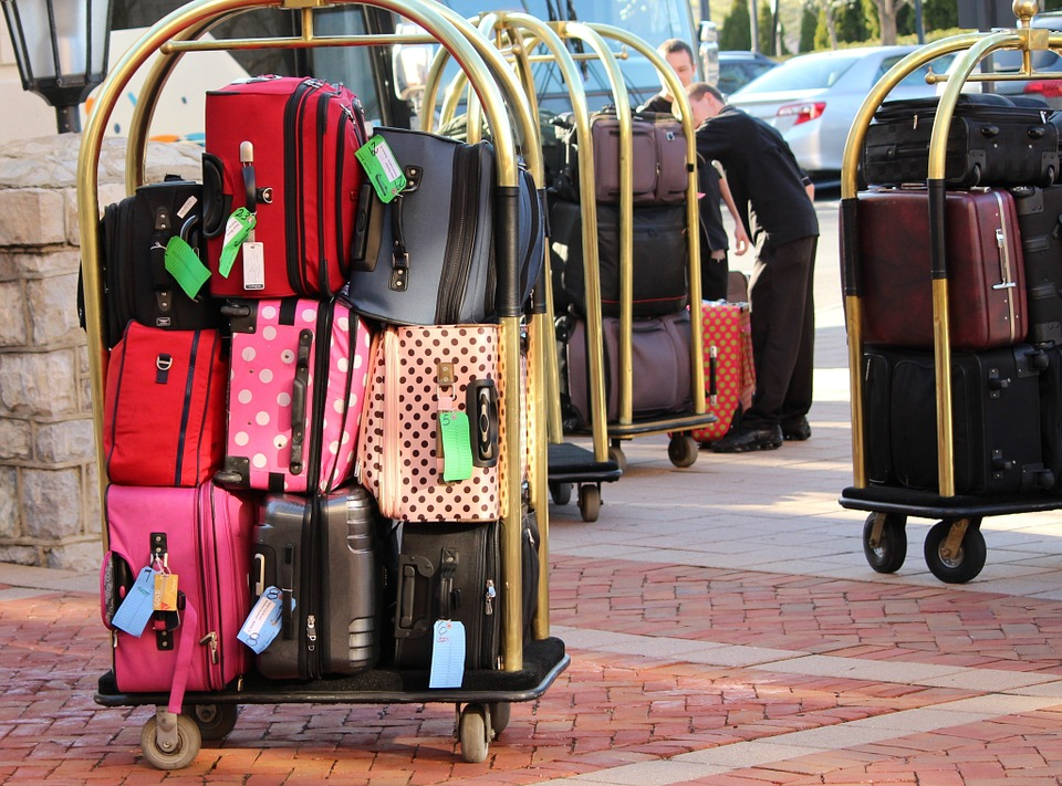 airline luggage dimensions and tips