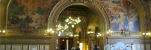 Good restaurants in France - Le Train Bleu at the Gare de Lyon - a historic landmark to wine and dine