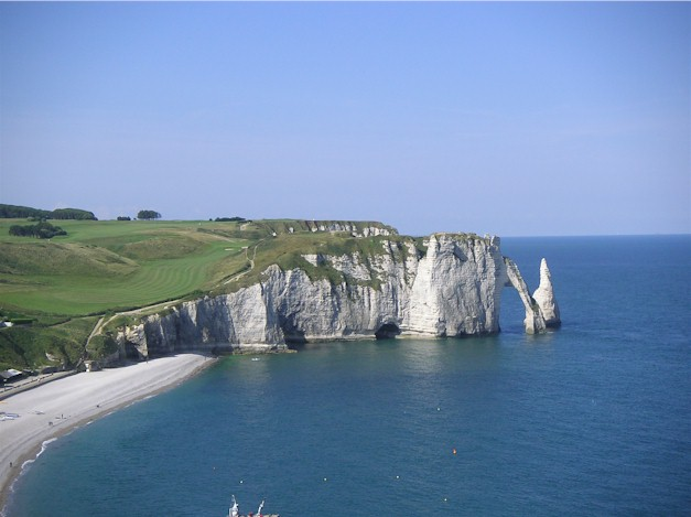 France golf, the stunning golf course in Etretat, Normandy where the greens overlook the cliffs and the Channel