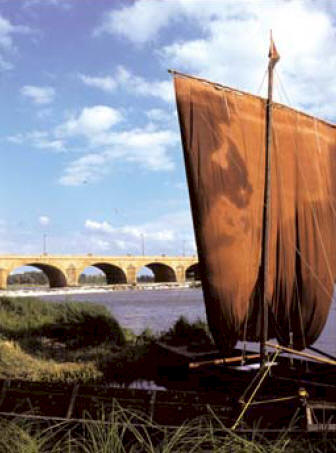 The story of barge transport on the Loire