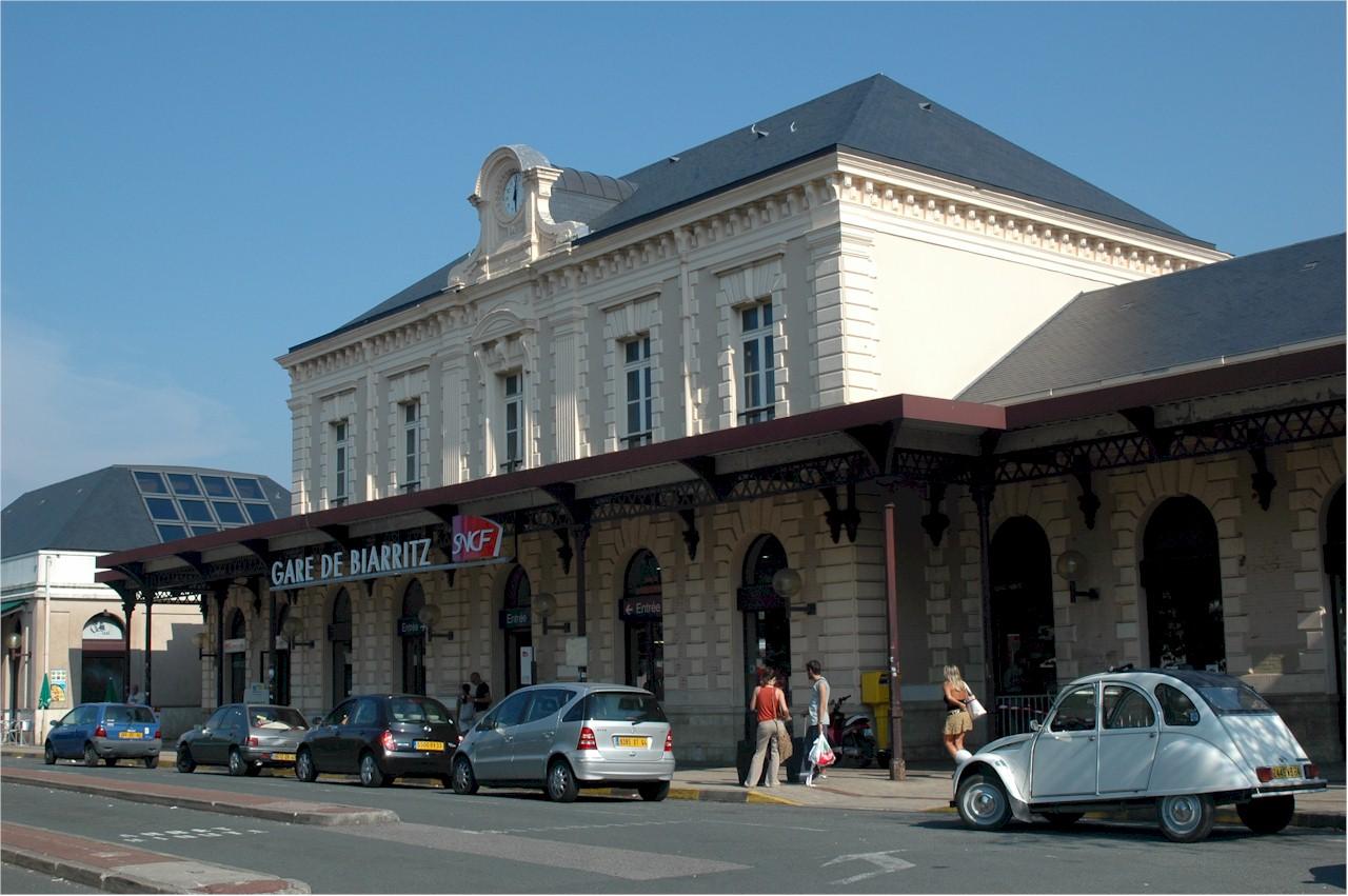 Biarritz-train-station