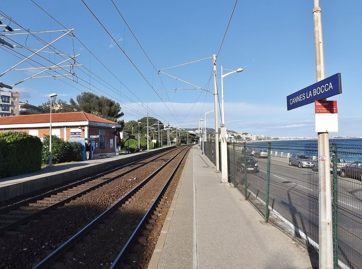 Cannes-La-Bocca-train-station