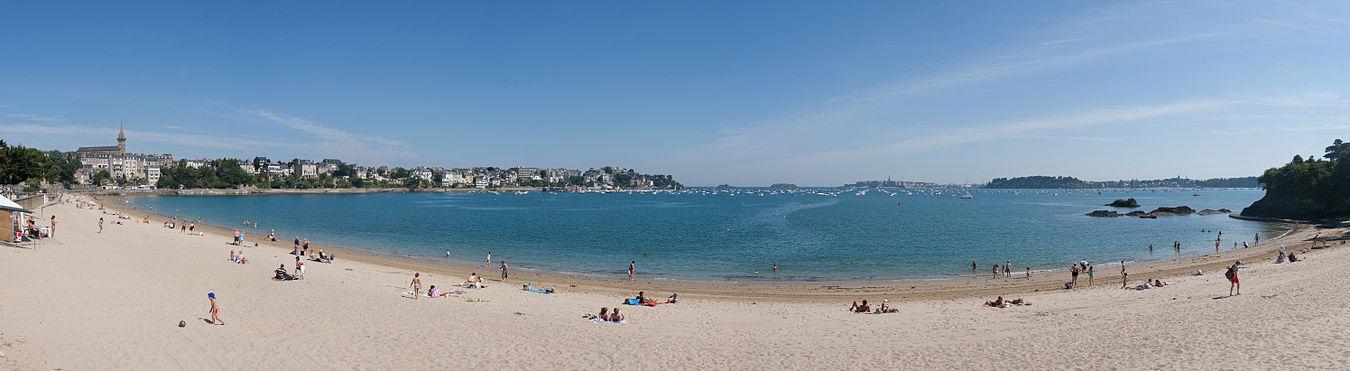 Dinard-The-Plage-du-Prieure-beach