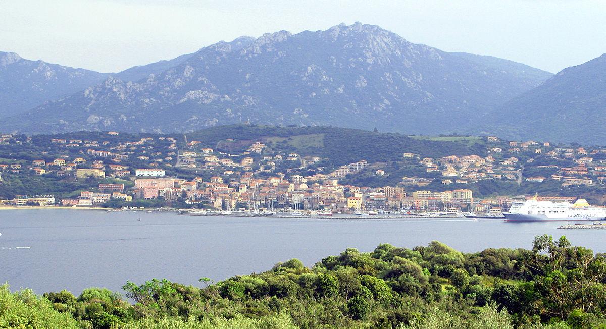 Propriano-ferry-port