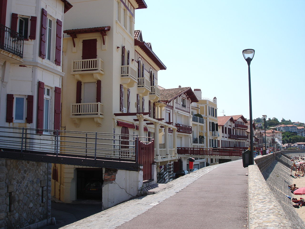 Saint-Jean-de-Luz-waterfront