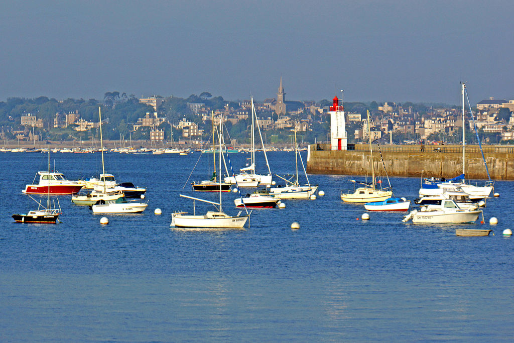 Saint-Malo-port-view