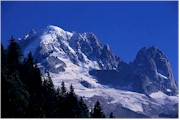 The majestic Alps covered with snow... the most skied region in France