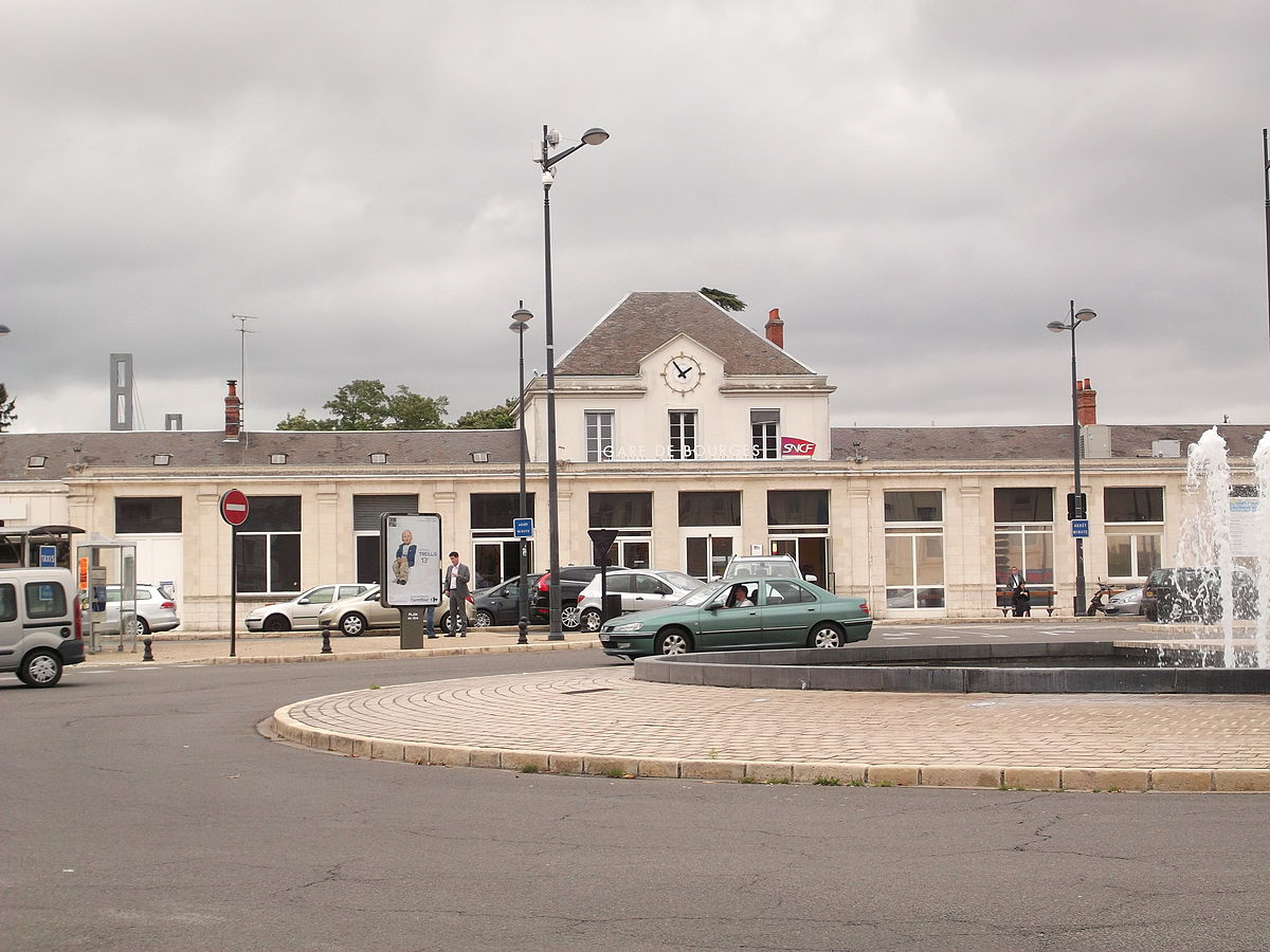 bourges-train-station