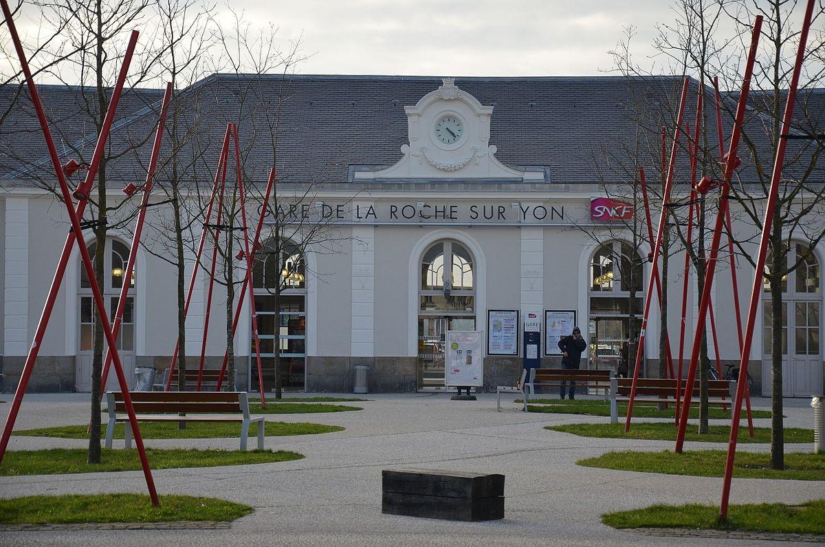 la-roche-sur-yon-train-station