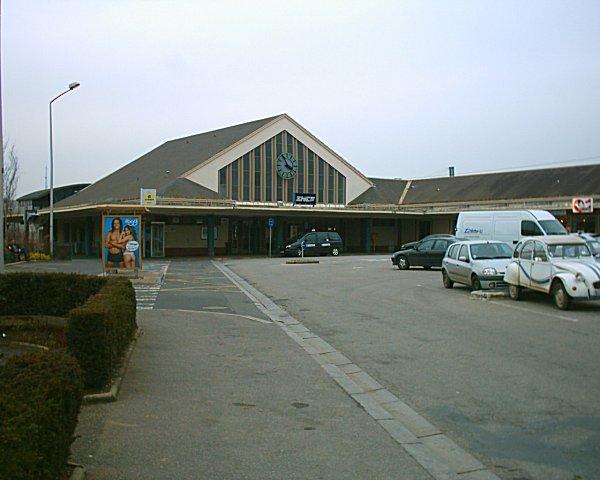 lisieux-train-station