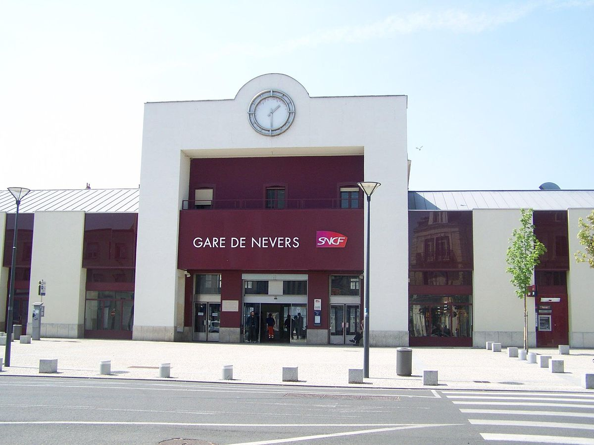 nevers-train-station