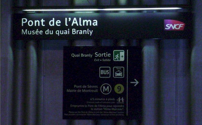 Gare Du Pont De L Alma Train Station Bonjourlafrance