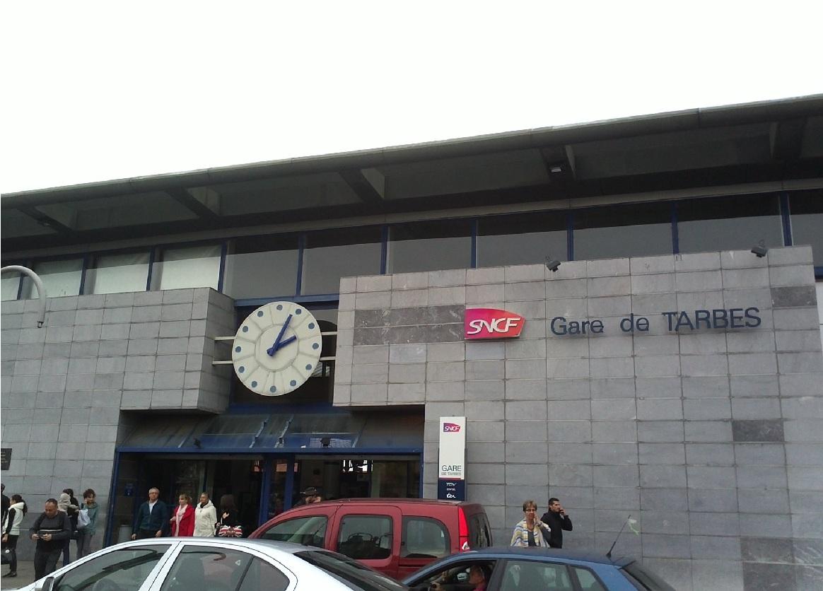 tarbes-train-station