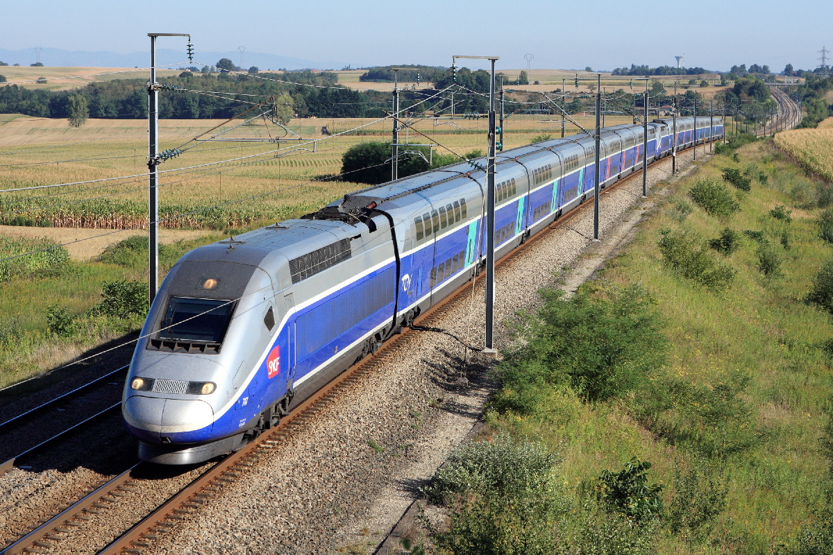 TGV-Duplex-21-credit-Railteam