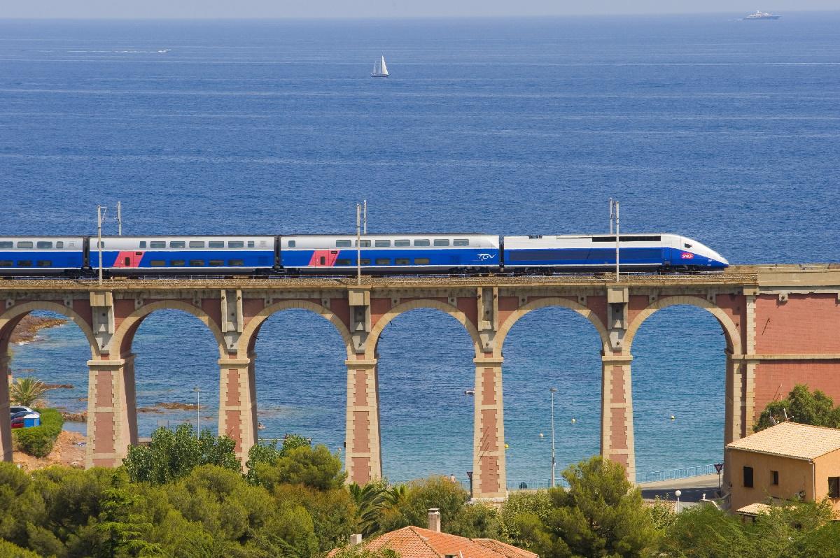 TGV-Duplex-Dasye-21-credit-Railteam