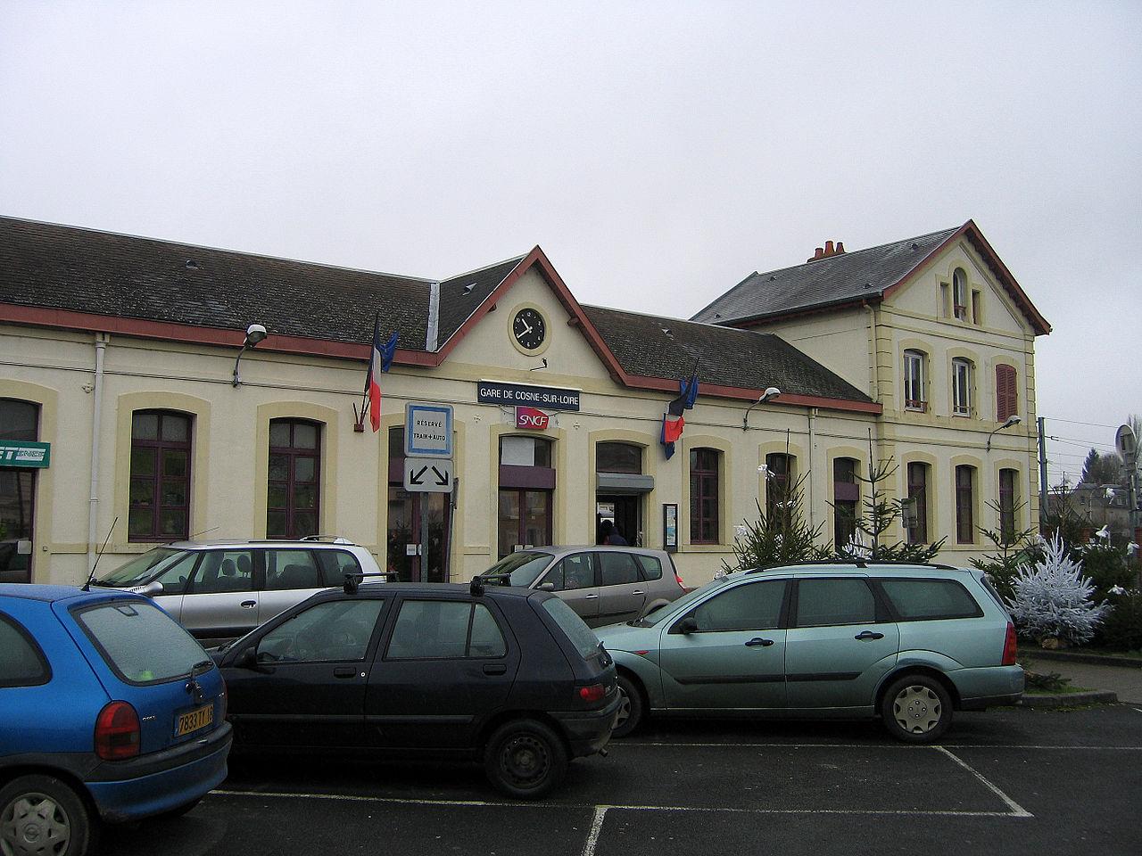 Cosne-sur-Loire-train-station