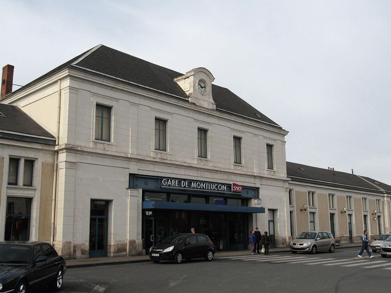 Montlucon-Ville-train-station