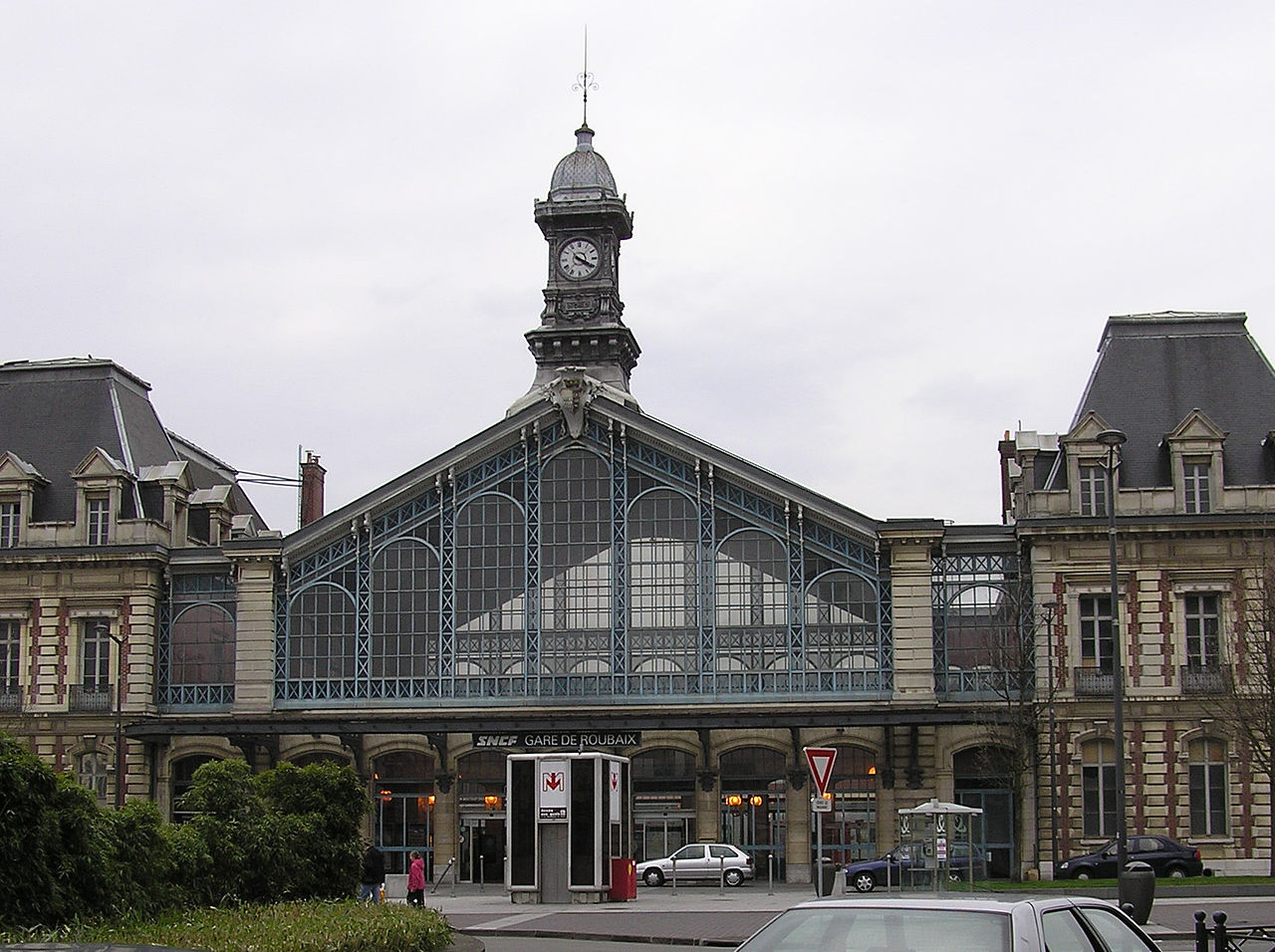 Roubaix-train-station