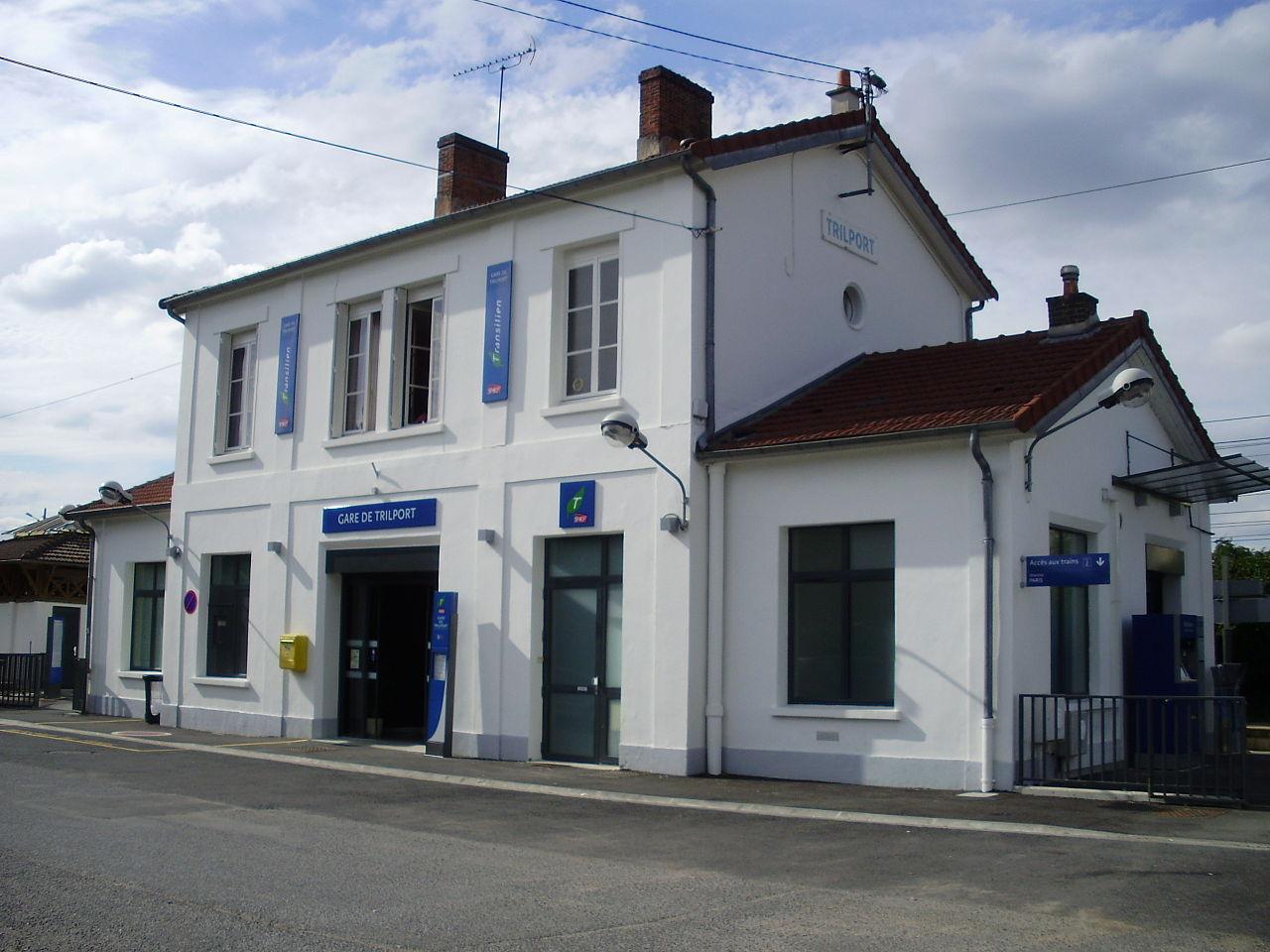 Trilport-train-station