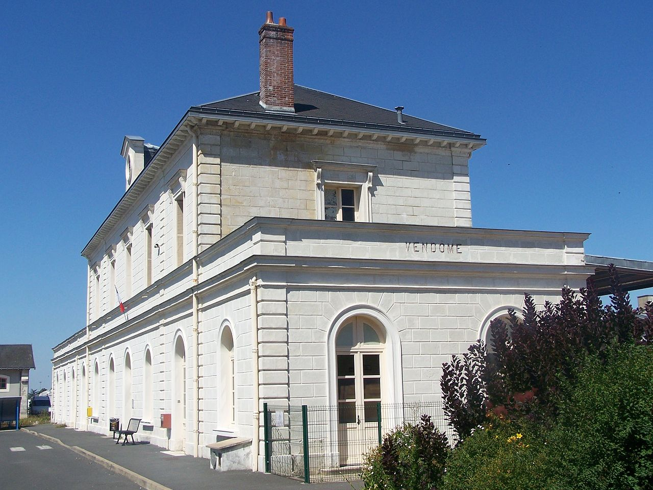 Vendome-train-station