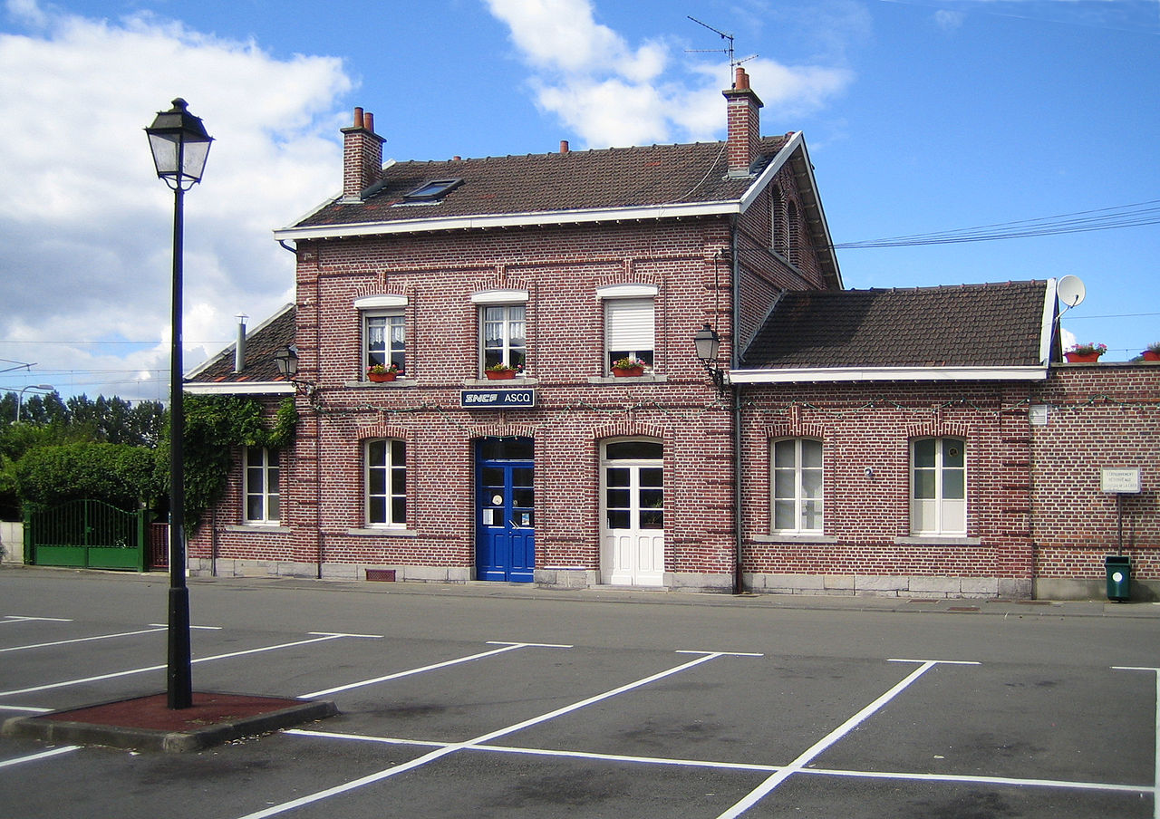 ascq-train-station