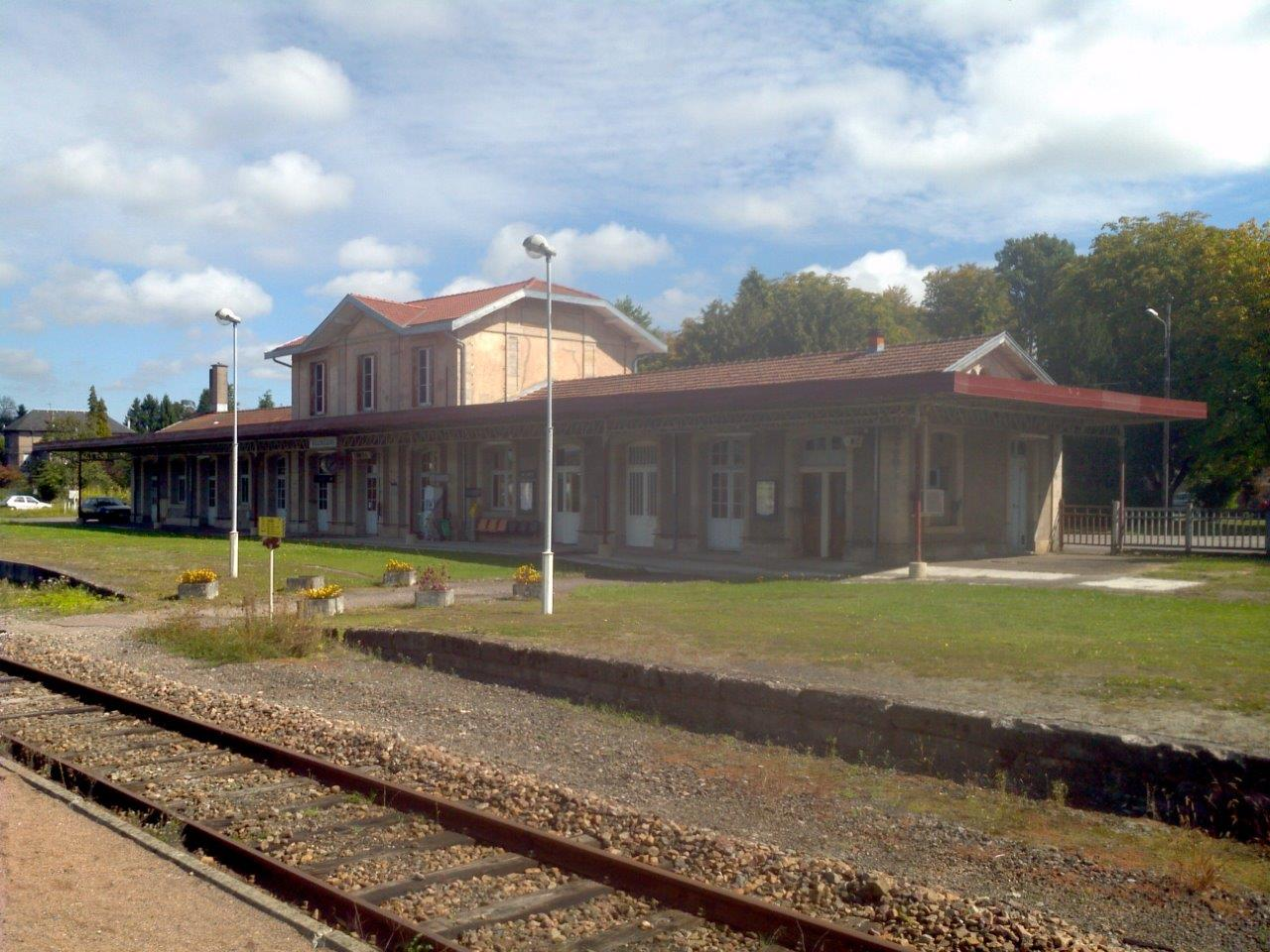 gare-d-aillevillers-train-station