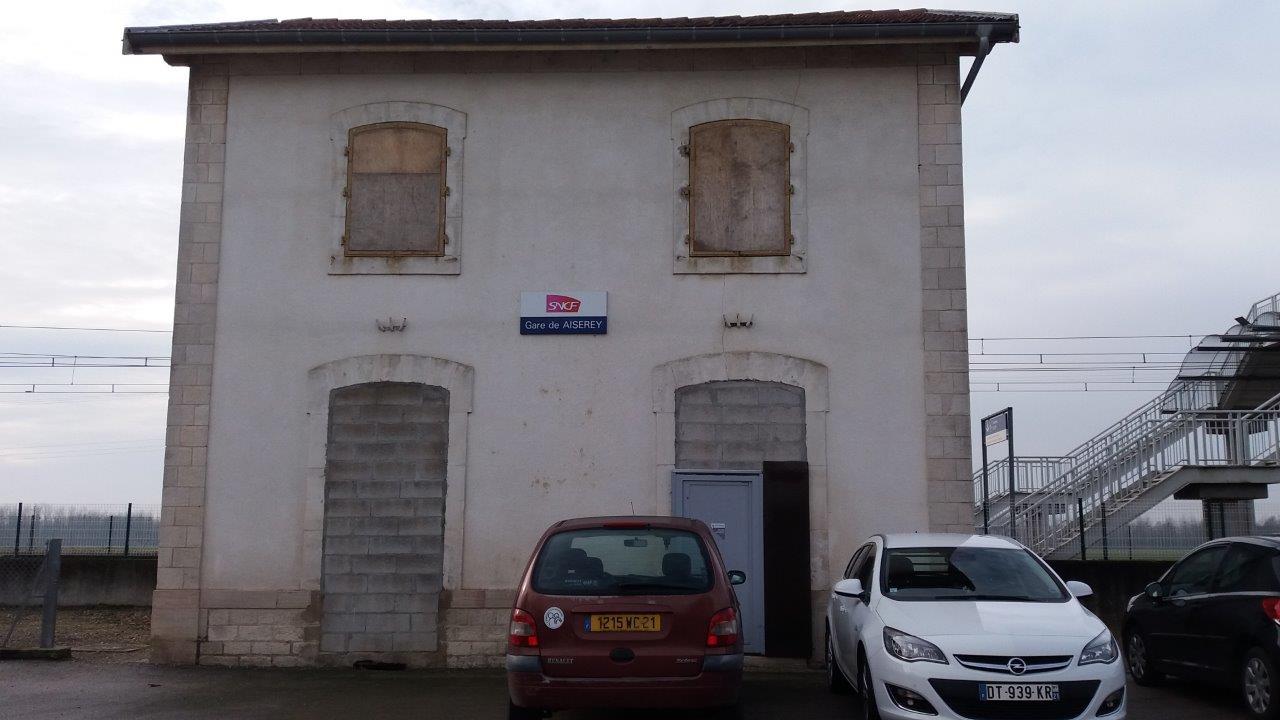 gare-d-aiserey-train-station