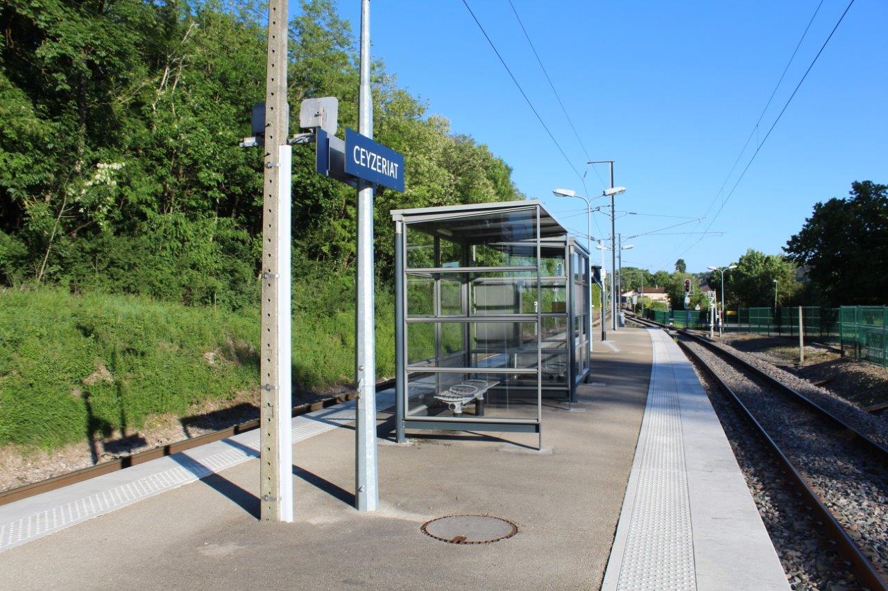 gare-de-ceyzeriat-train-station