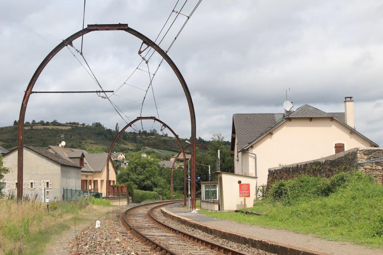 gare-de-chirac-train-station