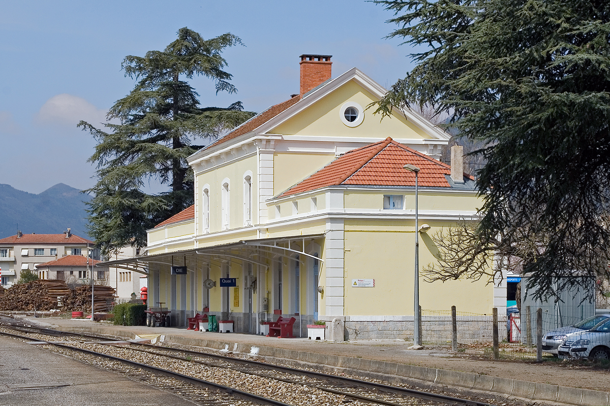 gare-de-die-train-station