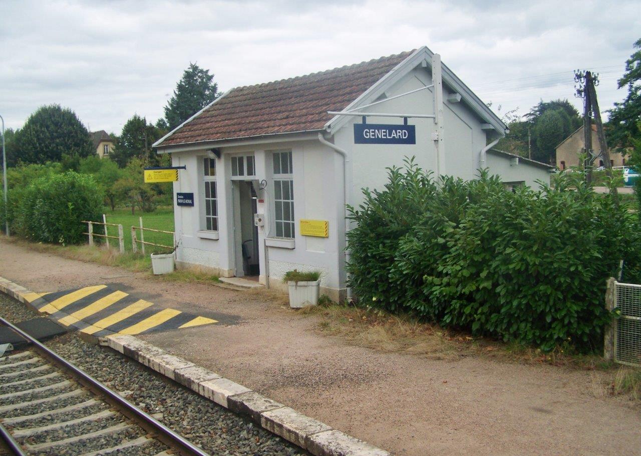 gare-de-genelard-train-station