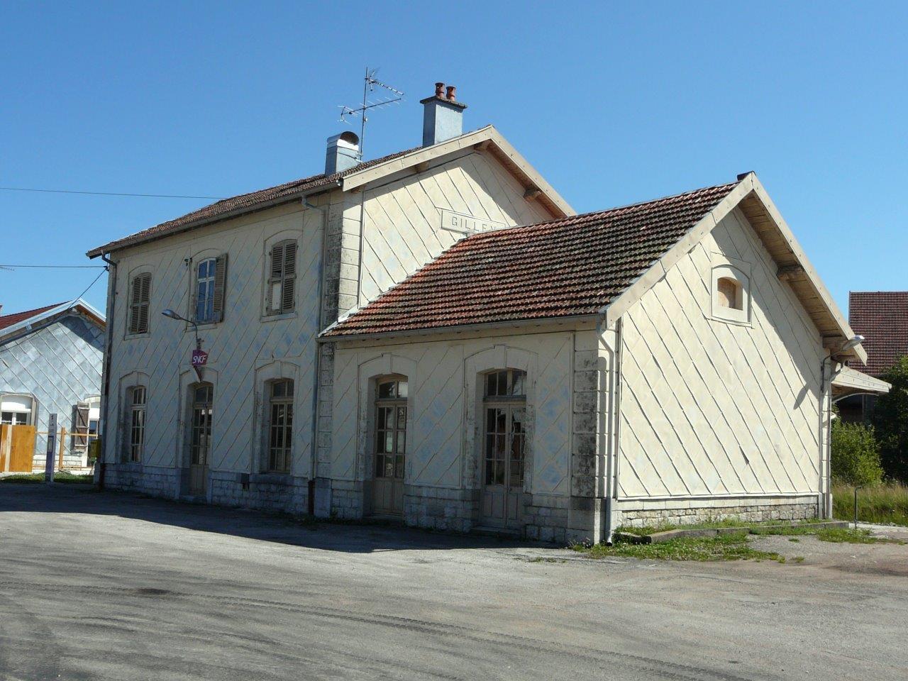 gare-de-gilley-train-station