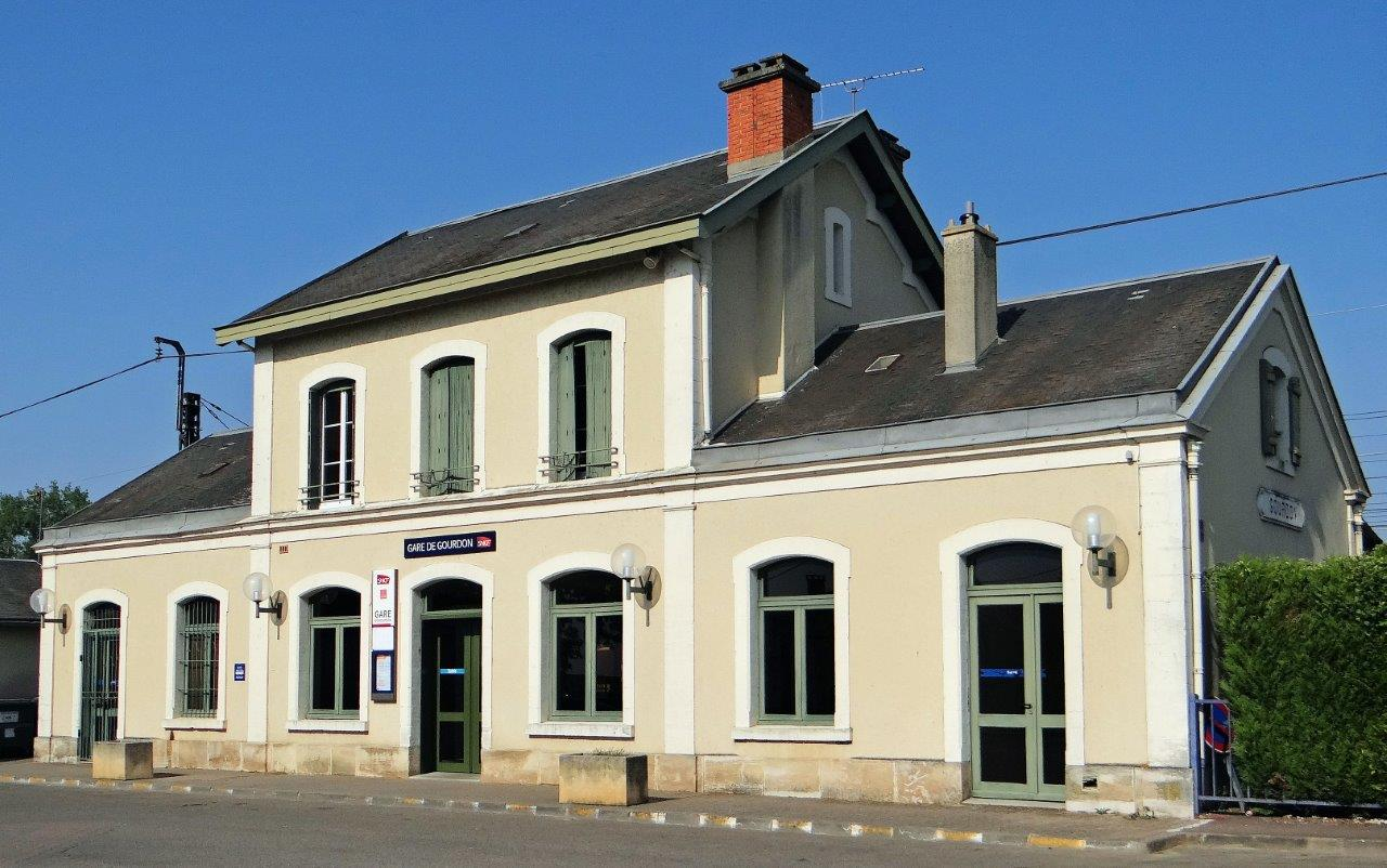 gare-de-gourdon-train-station