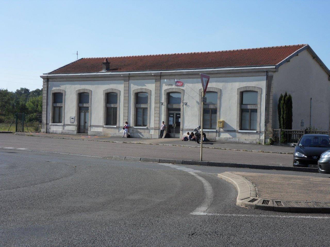 gare-de-gray-train-station