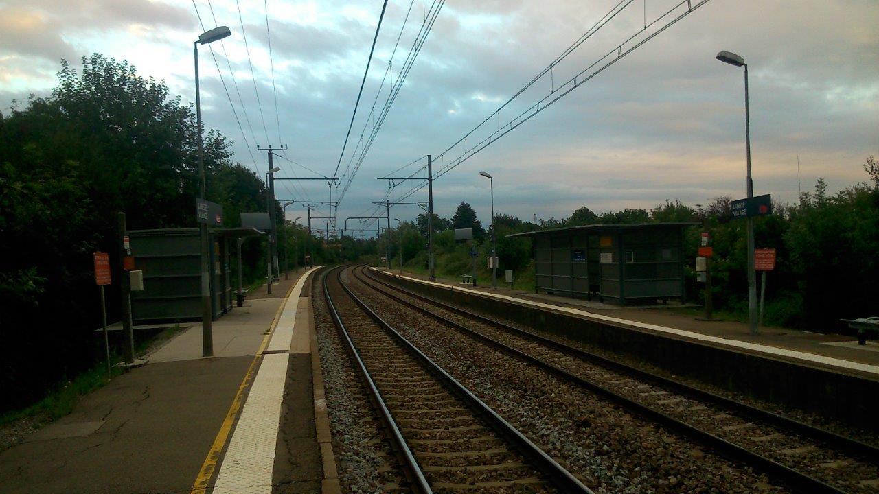 gare-de-labege-village-train-station