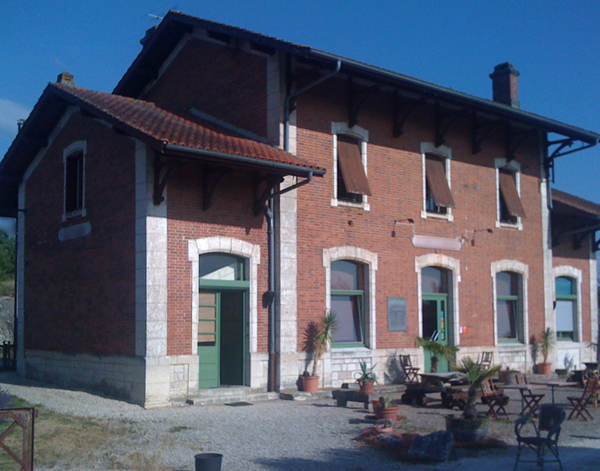 gare-de-lalbenque-fontanes-train-station