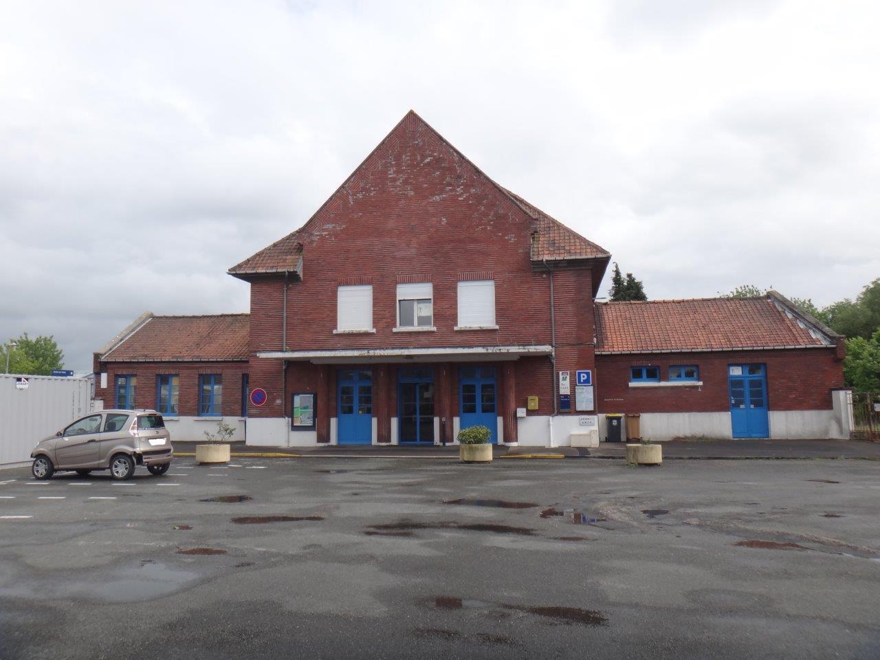 gare-de-longpre-les-corps-saints-train-station