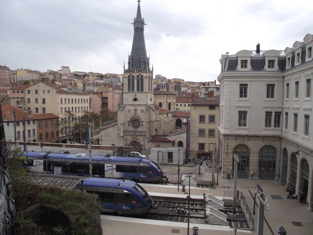 gare-de-lyon-saint-paul-train-station