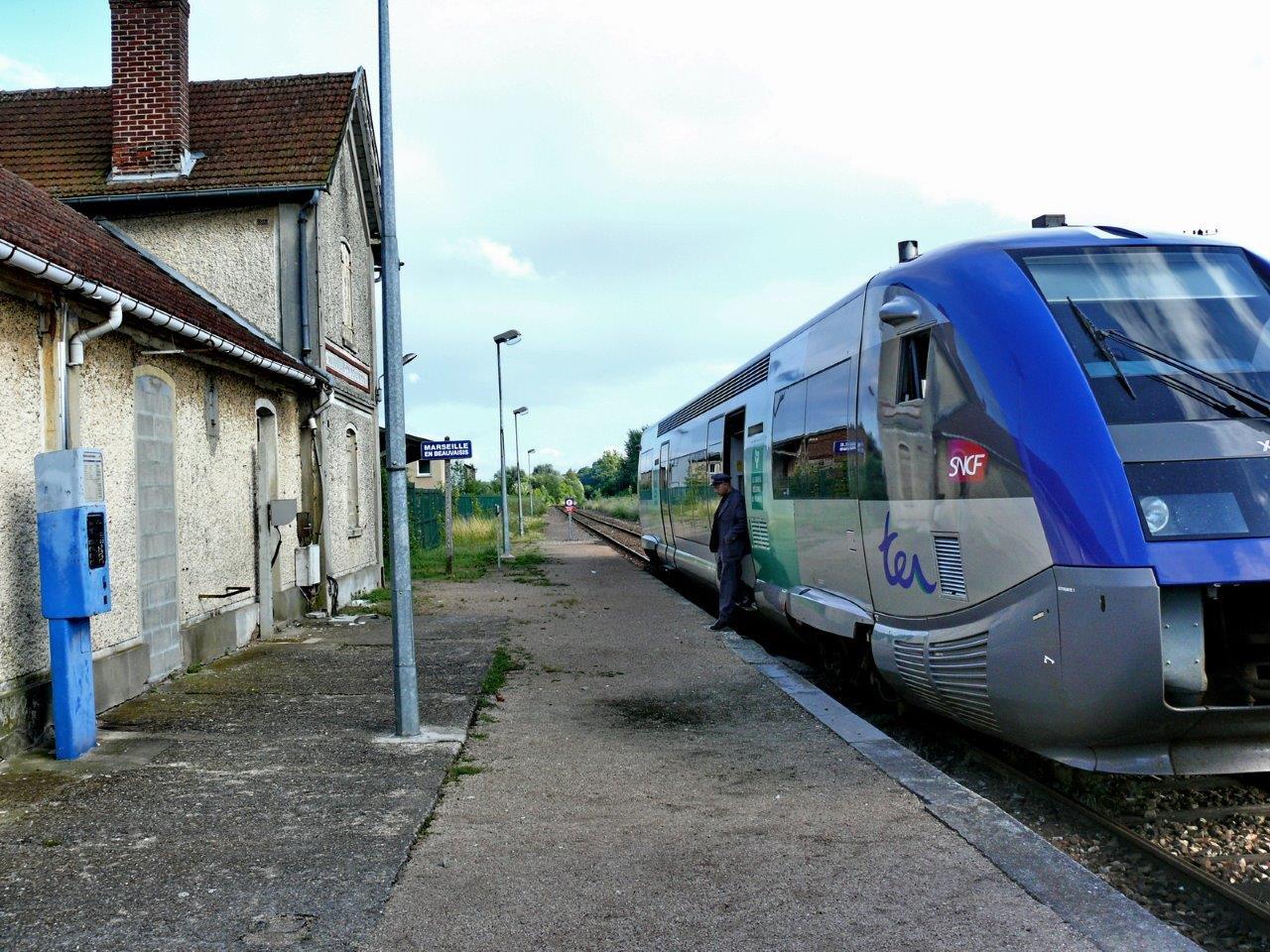 gare-de-marseille-en-beauvaisis-train-station
