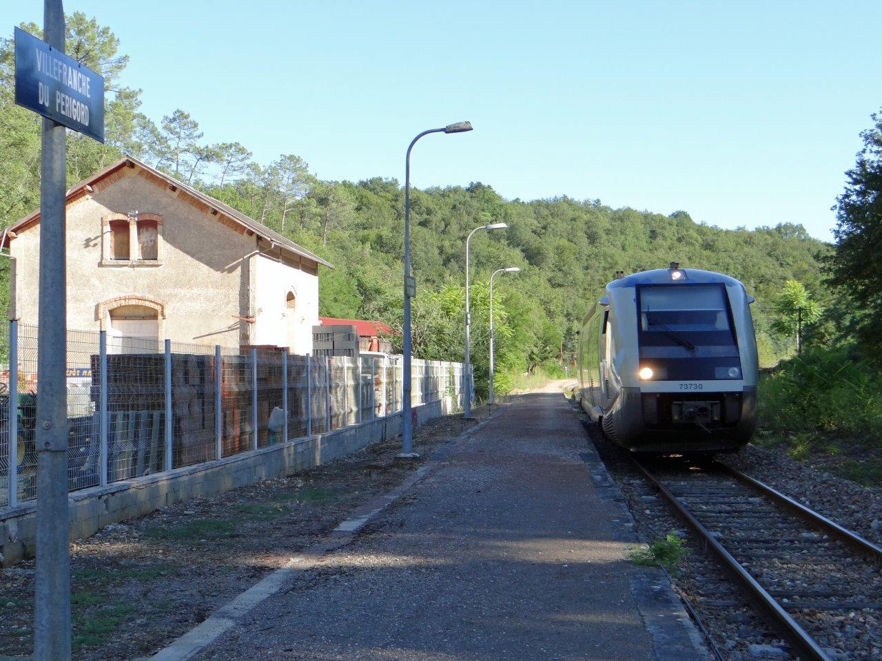 gare-de-villefranche-du-perigord-train-station