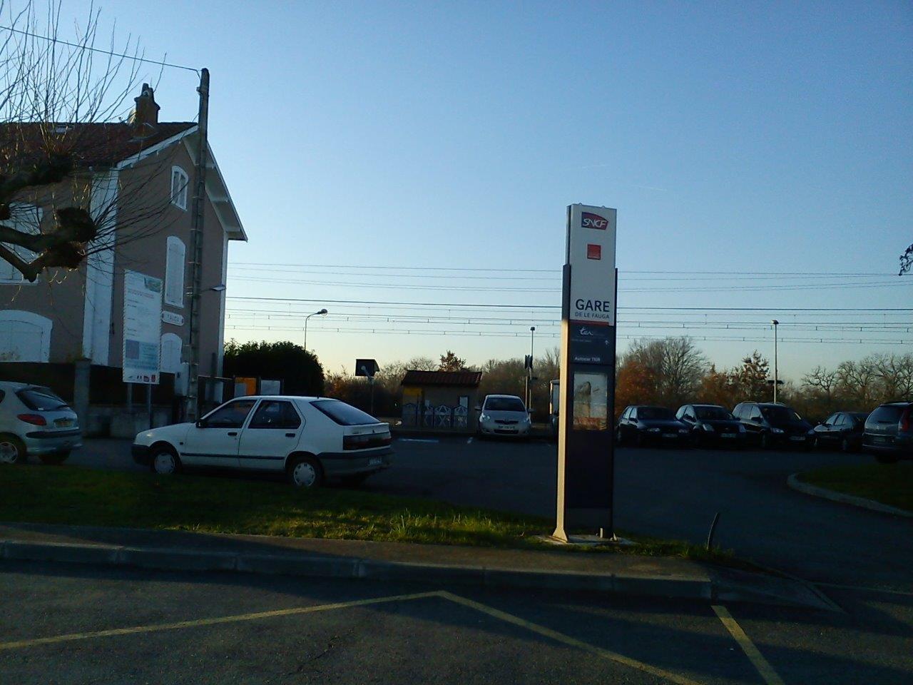 gare-du-fauga-train-station