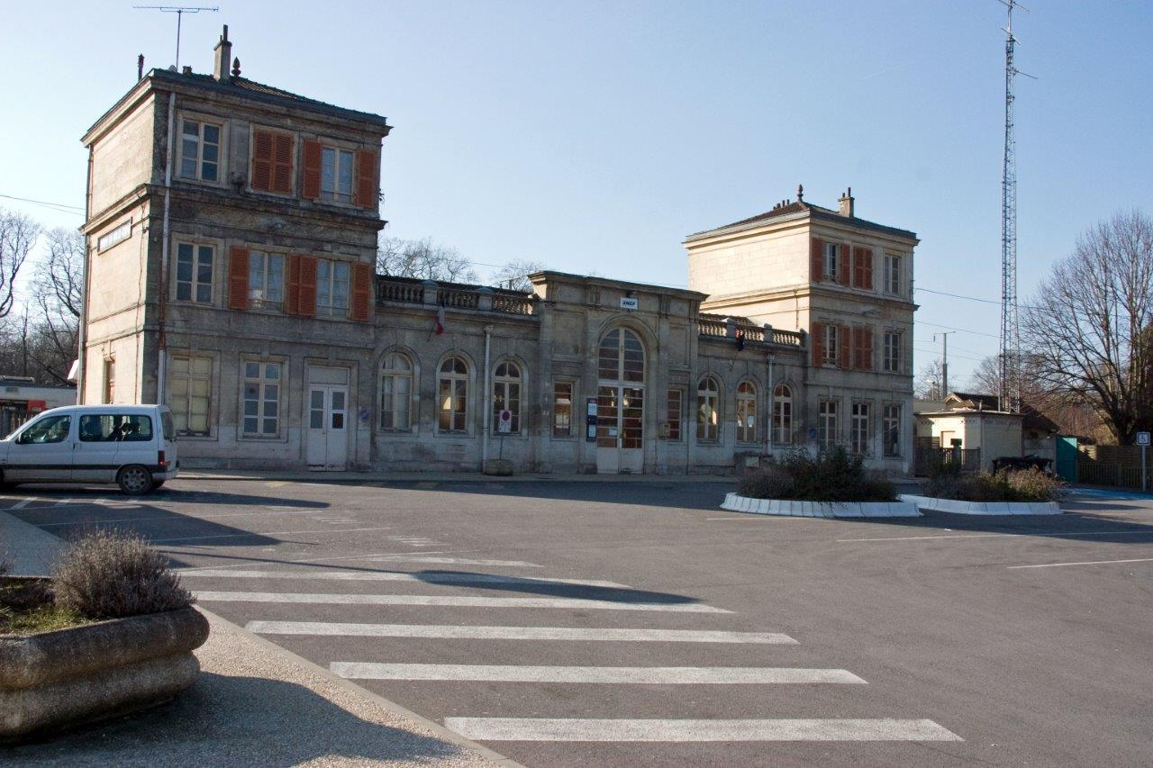 gare-d-orry-la-ville-coye-train-station