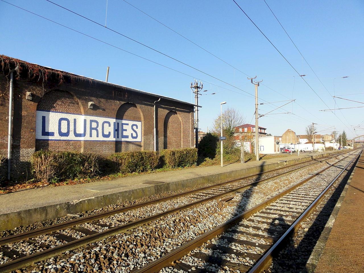 gare-de-lourches-train-station