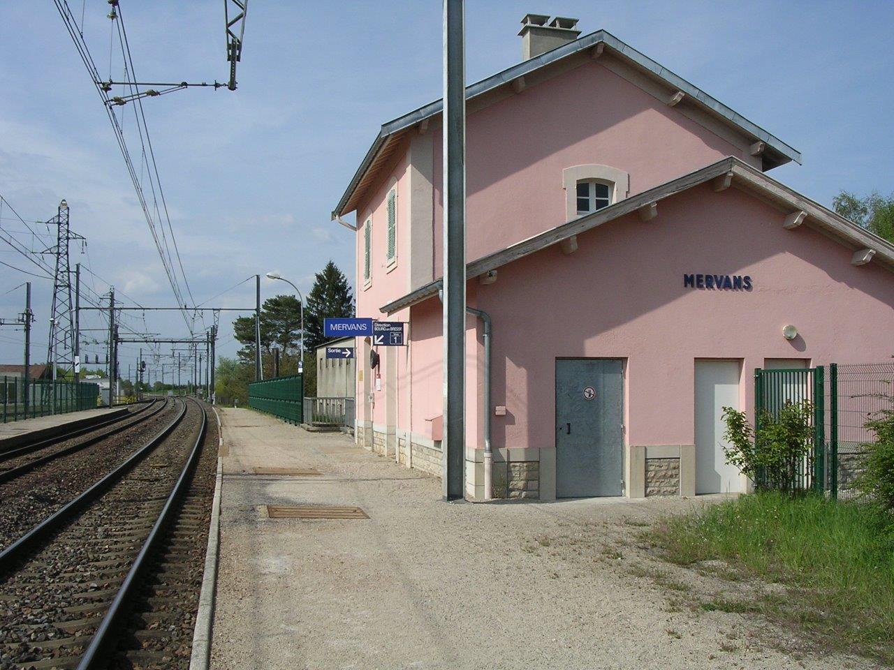 gare-de-mervans-train-station