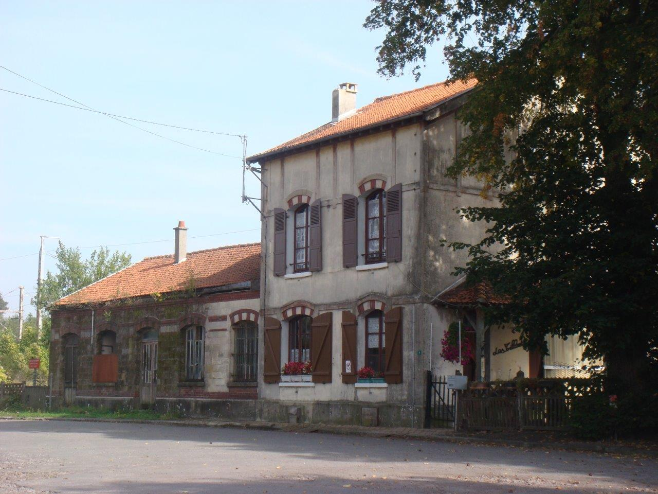 gare-de-miraumont-train-station