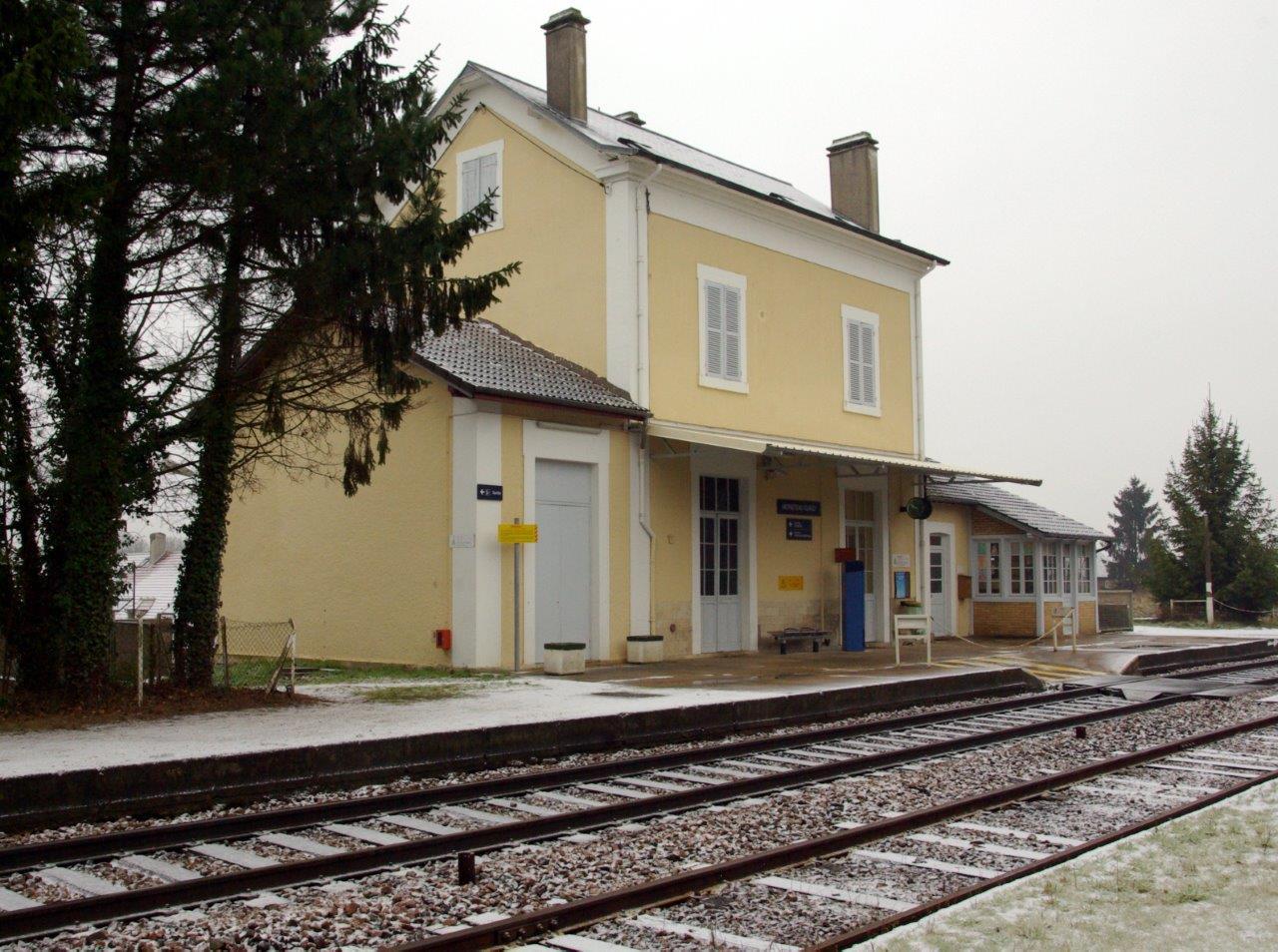 gare-de-moneteau-gurgy-train-station