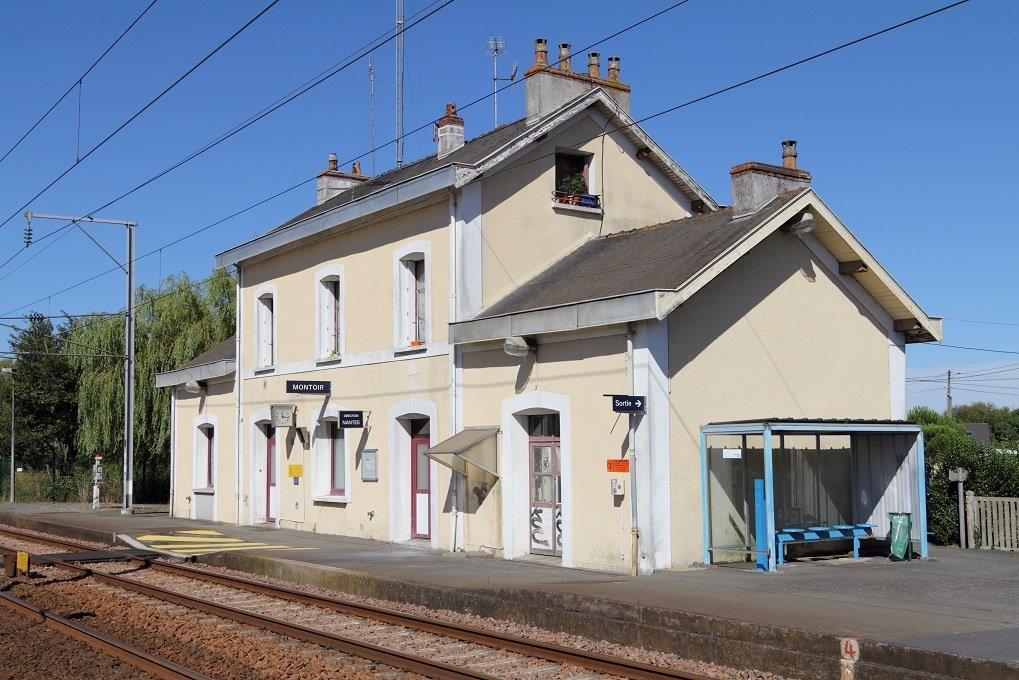 gare-de-montoir-de-bretagne-train-station