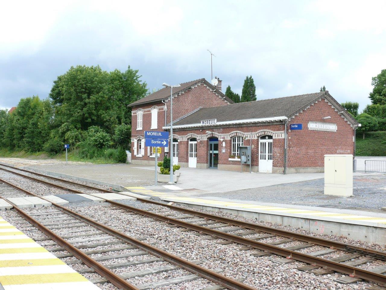 gare-de-moreuil-train-station