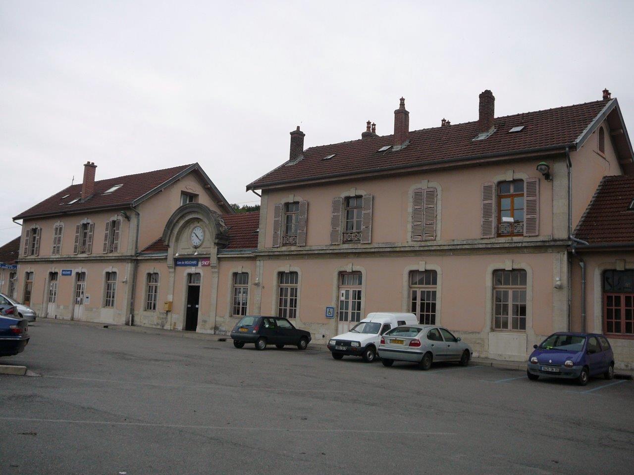 gare-de-mouchard-train-station
