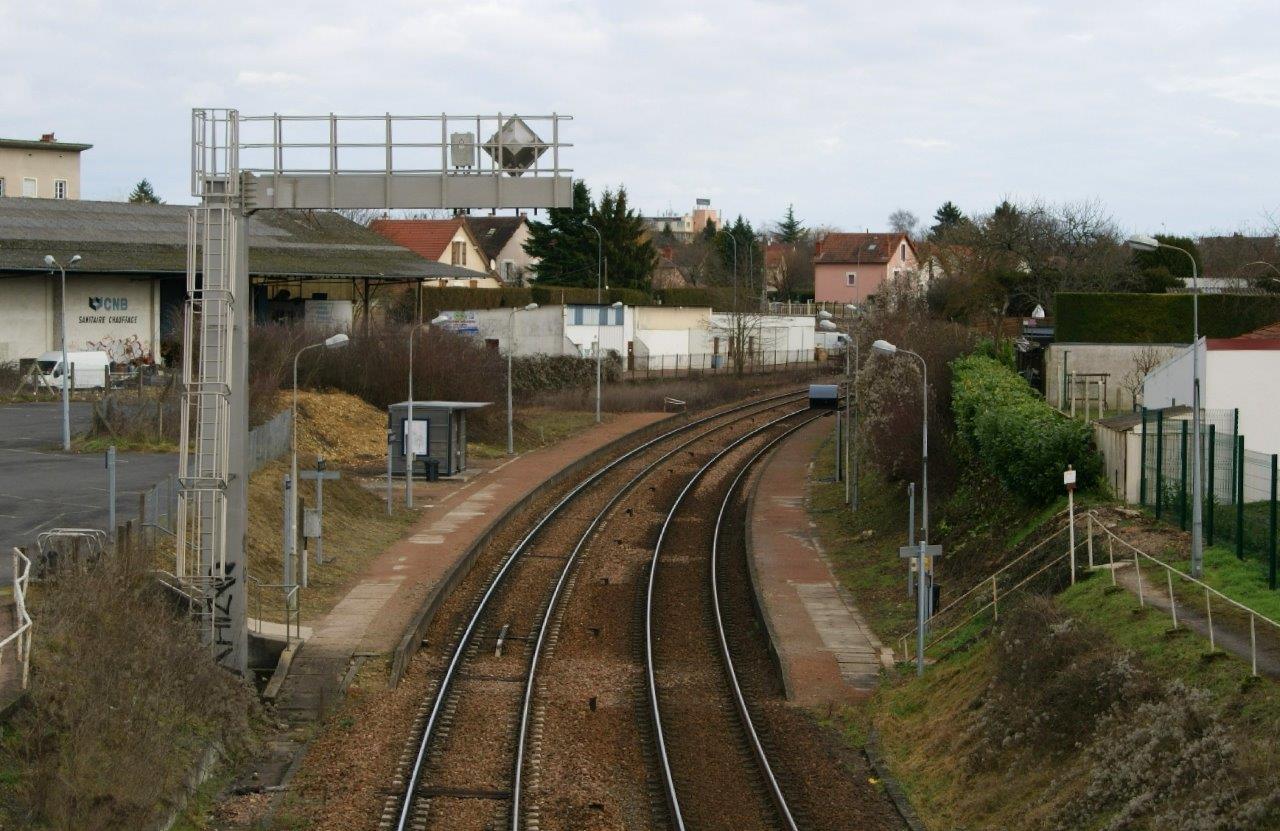 gare-de-nevers-les-perrieres-train-station